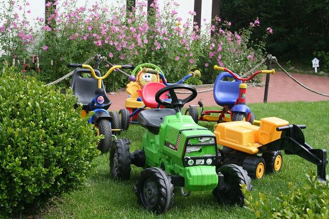 Bloggertreffen im Familotel: Der Fuhrpark für die kleinen Urlaubsgäste