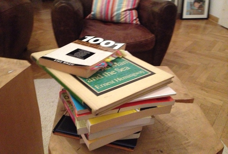 Verschenkte Bücher von Natalia Roschina, der tanzenden Frau vom Frankfurter Tor